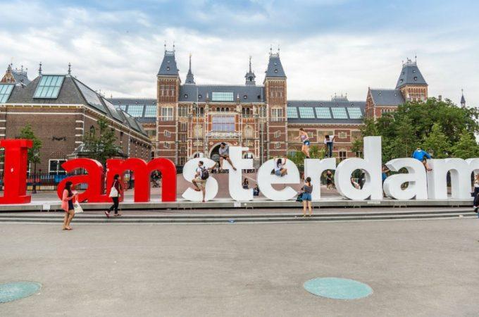 Waarom een hotel boeken Amsterdam een goed idee is
